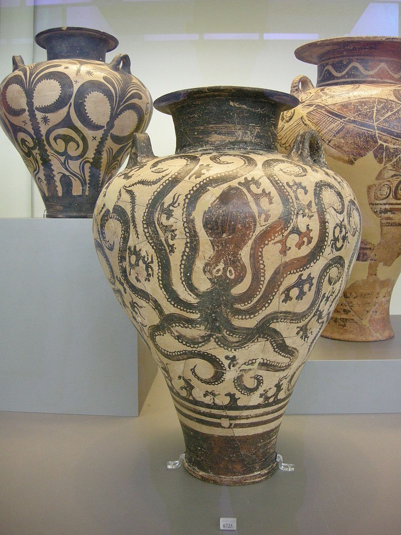 800px-Ancient_Greek_pottery_in_the_National_Archaeological_Museum_in_Athens_13