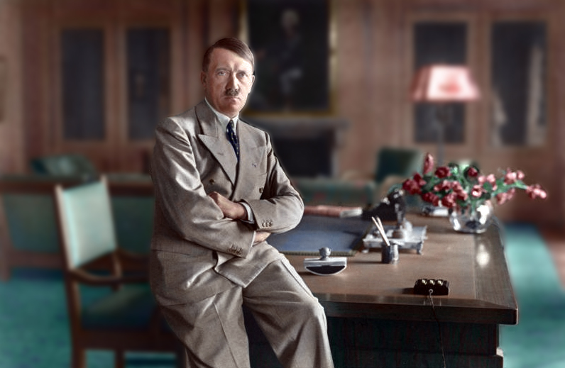 Bundesarchiv_Bild_146-1990-048-29A,_Adolf_Hitler-colorized